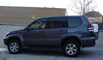 Toyota Land Cruiser Gris Oscuro lleno
